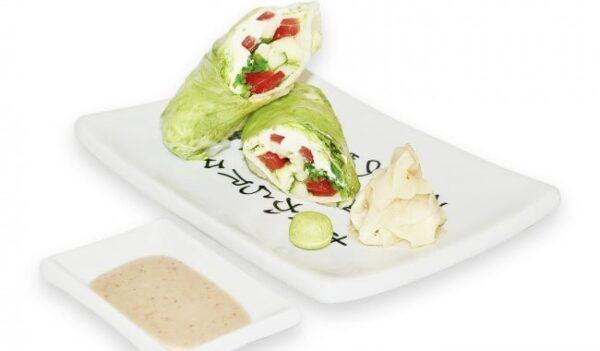 Спринг - ролл овощной с ореховым соусом