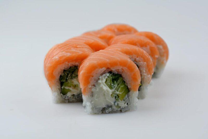 XL ролл с лососем
